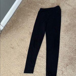 Softest leggings ever!! Lularoe plain black!